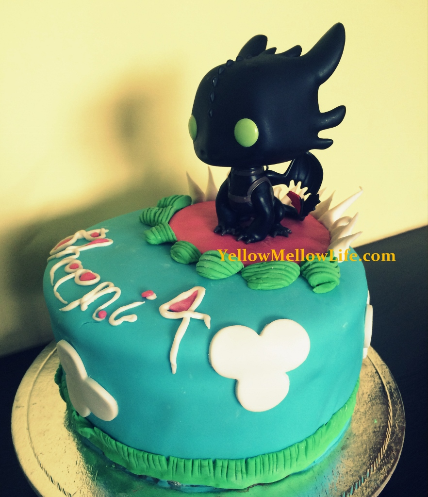 Little bs how to train your dragon birthday party happy 4th how to train your dragon birthday party ccuart Choice Image